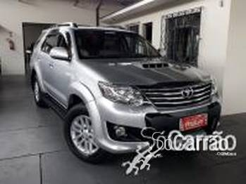 Toyota HILUX SW4 SRV 3.0 4X4 TURBO 5L