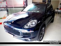 Super carrão Porsche CAYENNE S