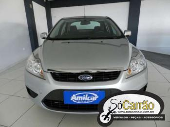 Ford FOCUS SEDAN GHIA 2.0