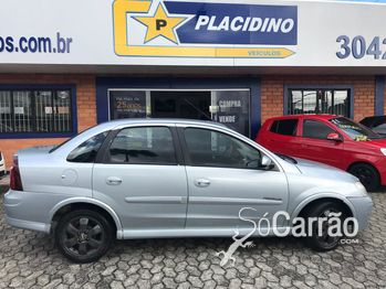 GM - Chevrolet CORSA SEDAN PREMIUM 1.4 4P