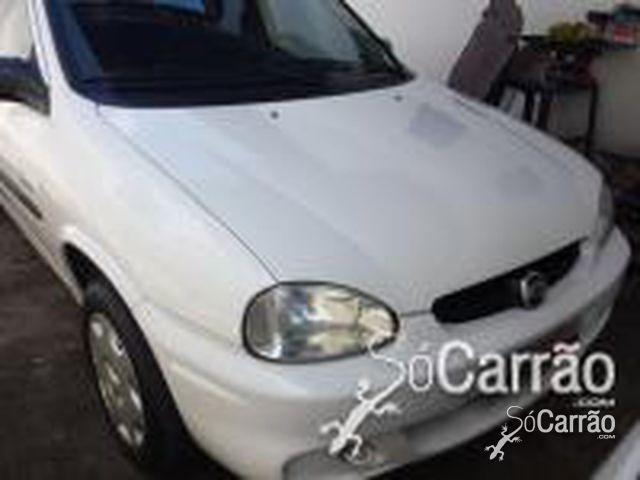 GM - Chevrolet CORSA SEDAN