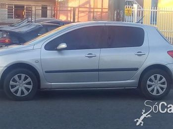 Peugeot 307 PRESENCE 1.6 4P