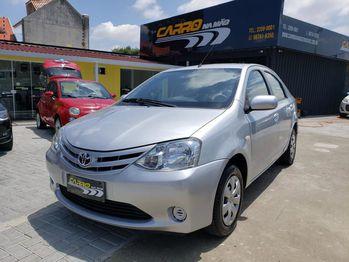 Toyota ETIOS SEDAN XS 1.5 16V