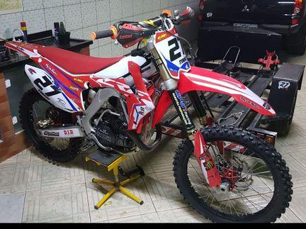 Honda CRF 450 - CRF 450 R