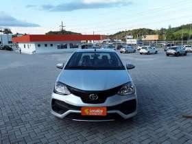 Toyota ETIOS HATCH - etios hatch X PLUS 1.5 16V
