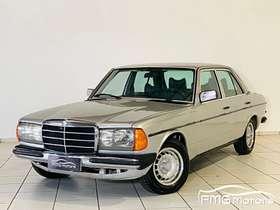 Mercedes 230 - 230 E 2.3 V6