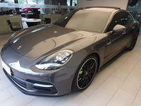 Super carrão Porsche PANAMERA 4