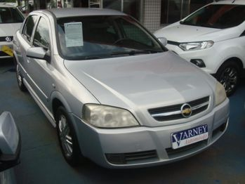 GM - Chevrolet ASTRA HATCH CD 4P