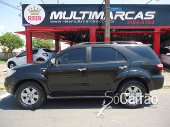 Toyota HILUX SW4 SRV 3.0 4X4 7 LUGARES AUTOMATICA
