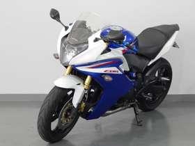 Honda CBR 600 - cbr 600 F