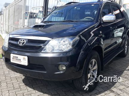 Toyota HILUX SW4 - HILUX SW4 SRV 4X4 3.0 TB-IC 16V AT