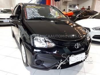 Toyota ETIOS HB X PLUS AUTOMATICO