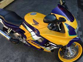Honda CBR 600 - cbr 600 CBR 600 F