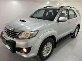Toyota HILUX SW4 - hilux sw4 SRV 4X4 3.0 TB-IC 16V 7LUG AT