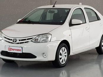 Toyota ETIOS SEDAN X PLUS 1.5 16V
