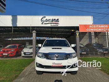 Toyota HILUX SW4 SRV 3.0 4X4 7 LUGARES AUTOMATICA