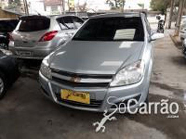 GM - Chevrolet Elegan. 2.0 MPFI 8V