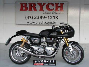 Triumph T120 BLACK