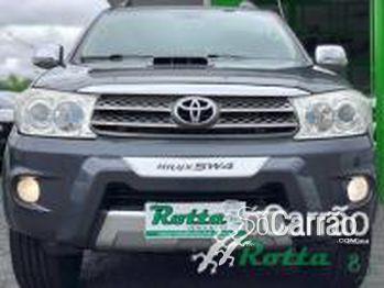 Toyota SW4 SRV AUTOMATICO