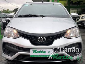 Toyota ETIOS SEDAN X PLUS Mt