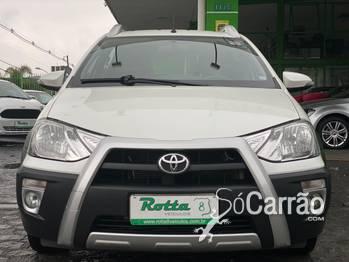 Toyota etios hatch CROSS 1.5 16V